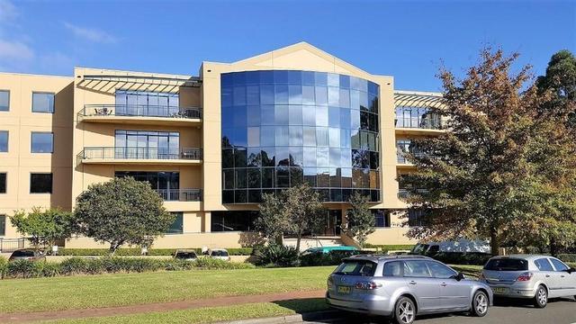 202/29-31 Solent Circuit, NSW 2153