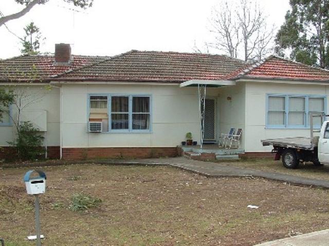 9 Chisholm Crescent, NSW 2560