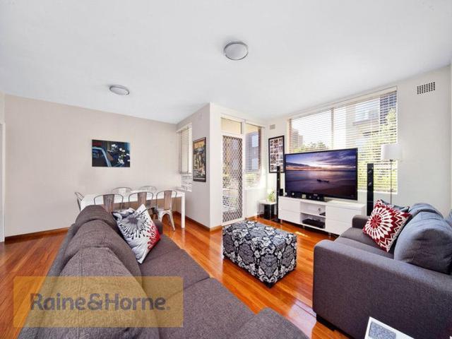 3/64 Lyons Road, NSW 2047