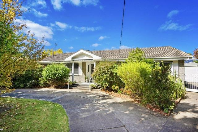 2 Riverglen Court, VIC 3216