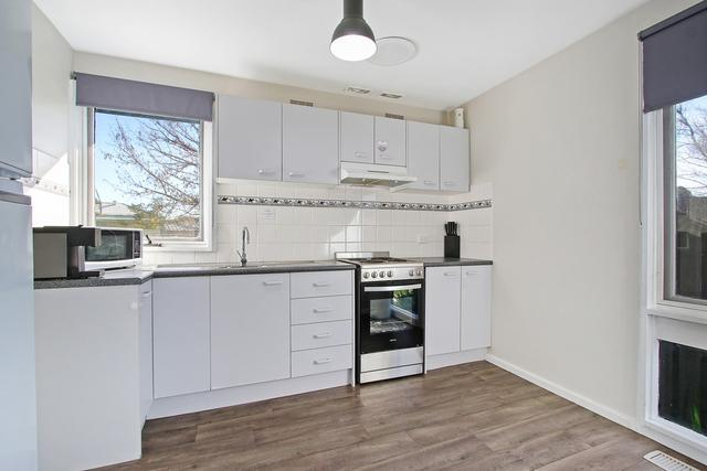 5 Kiama Street, NSW 2641