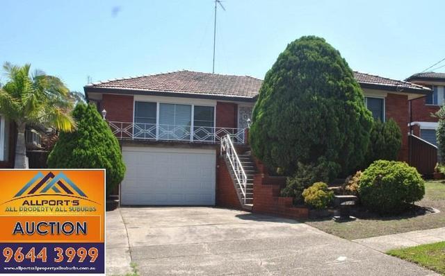 8 Caroline Crescent, NSW 2198