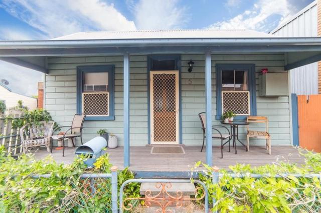 5 Greenway Street, NSW 2293
