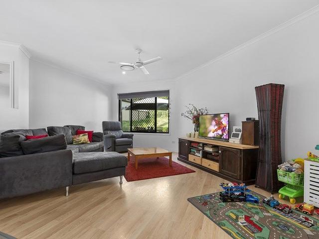 4 Montage Court, QLD 4556