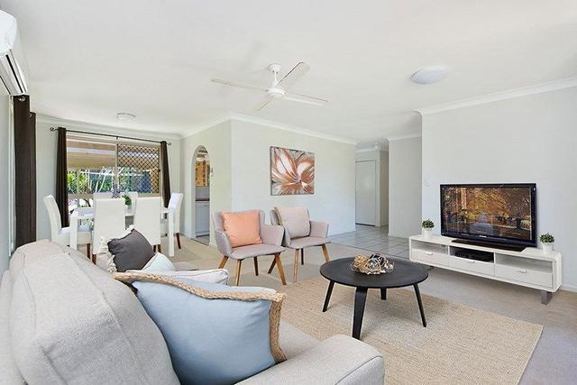 8 Seaforth Court, QLD 4556