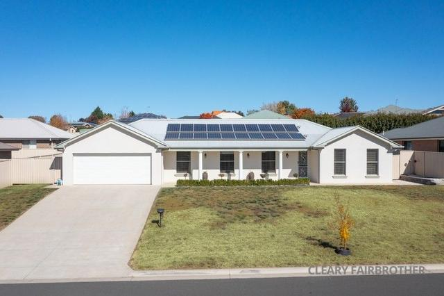7 Parer Road, NSW 2795