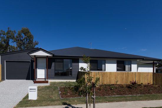 2/42 Bangalow Street, QLD 4506