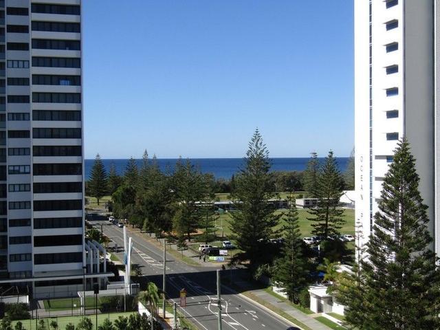 807/32 Surf Parade, QLD 4218
