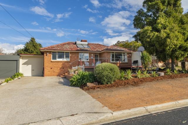 15 Greenbank Avenue, NSW 2620