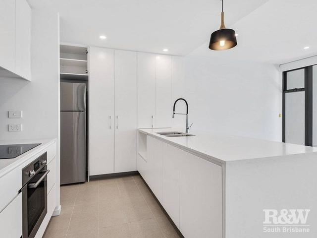 2203/30 Johnston Street, QLD 4171
