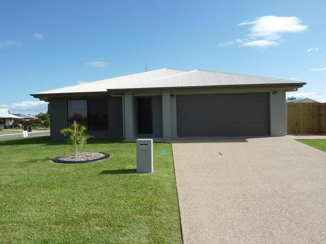2/2 Claret Close, QLD 4815