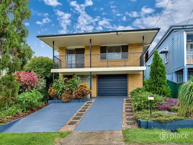 32 Harrogate Street, QLD 4102