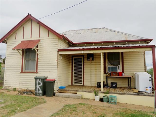 21 Tom Street, NSW 2722