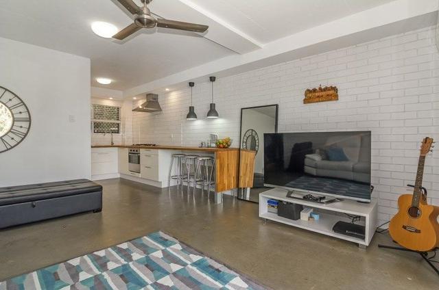 2/32 Tamar Street, QLD 4103